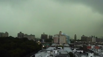 کلیپ موبایل : طوفان در نیویورک