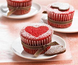 دستور پخت کیک به شکل قلب